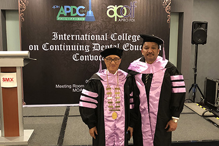 Prof SM Balaji with Prof Jeffrey Tsang, President, International College on Continuing Dental Education before the commencement of the Inducation Ceremony