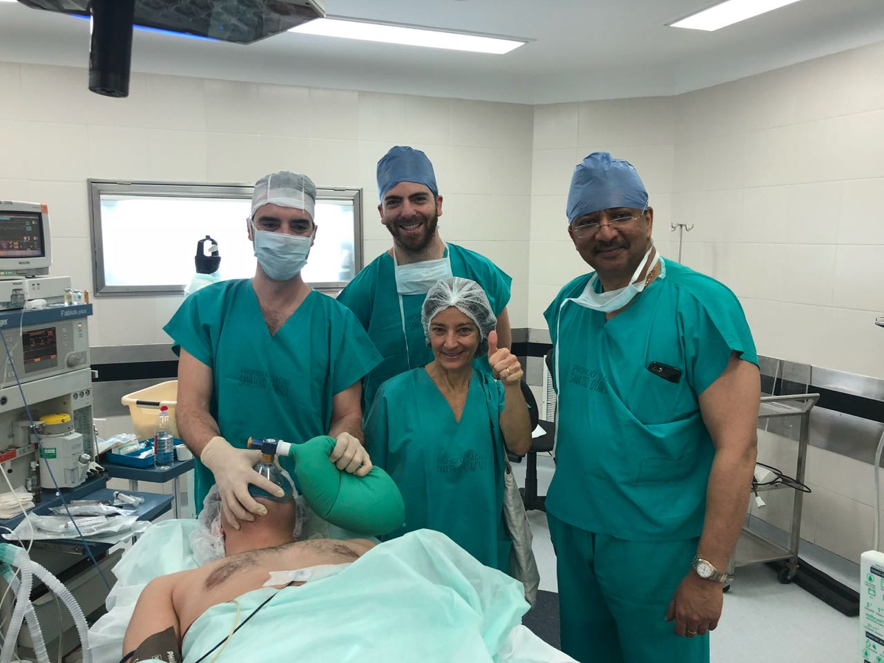 Prof SM Balaji in the operating room at Hospital Aleman with Dr Victoria Pezza and residents of the Department of Oral and Maxillofacial Surgery