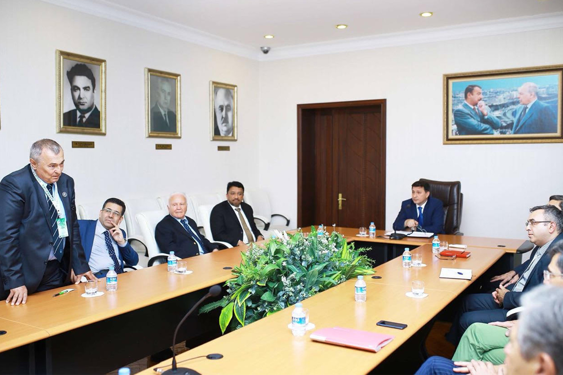 Dr SM Balaji during his meeting with the Rector of Azerbaycan Tibb Universiteti, His Excellency Dr Garay Chingiz Garaybayli