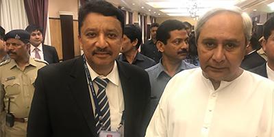 Dr. S.M. Balaji with the Hon'ble Shri. Navin Patnaik, Chief Minister of Orissa
