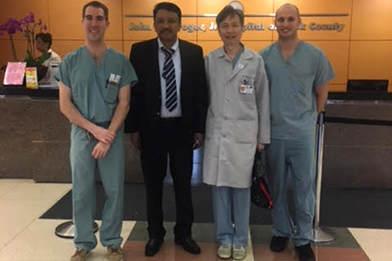 Prof S M Balaji with Dr Henry C Fung and Oral and Maxillofacial Surgery residents during his visit at the Stroger Hospital of Cook County, Chi