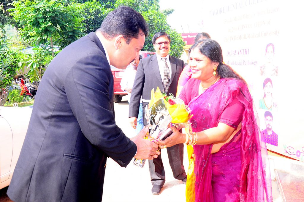 Dr SM Balaji invited as chief guest at the 3rd Graduation day celebrations at Tagore Dental College
