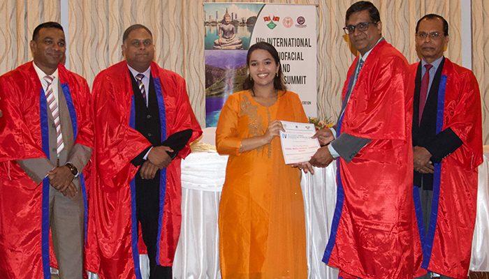 Dr Preetha Balaji receives the Young Maxillofacial Surgeon Award